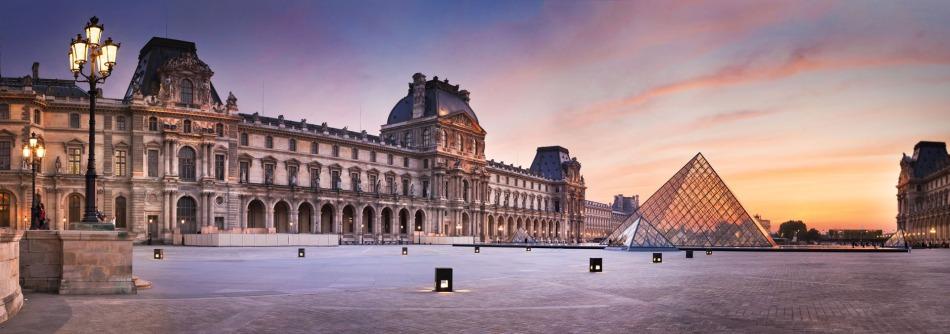 The louvre Panorama Paris