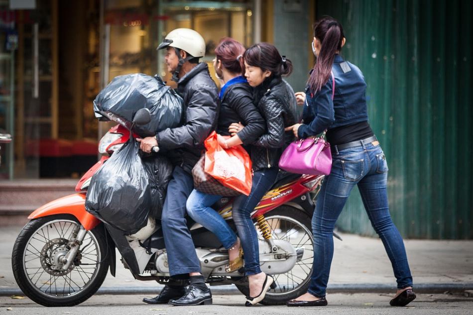 scooter-vietnam-3.jpg
