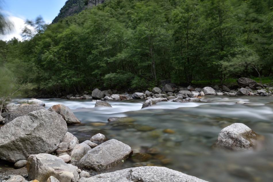 riviere.jpg