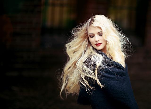 portrait-femme-blonde.jpg